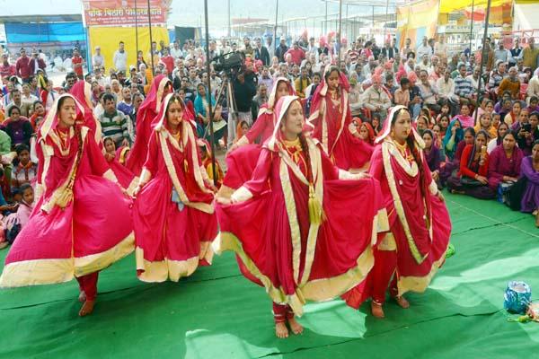 PunjabKesari, Folk Dance Image