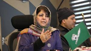 mehbooba condemnd the attack on kashmiris in up