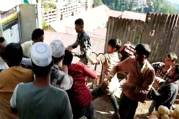 PunjabKesari, Fight Image