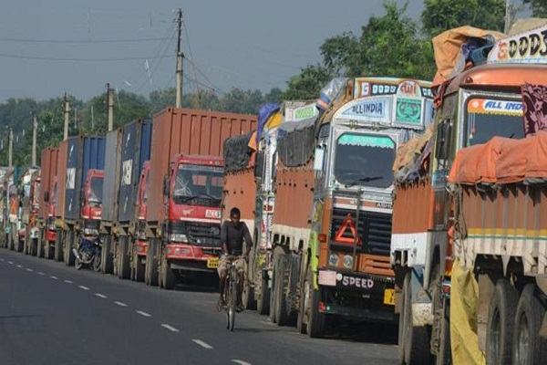 india stops border trade with pakistan