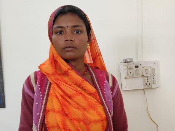 PunjabKesari, Madhya Pradesh, murder, husband wife, love affair, police, suture