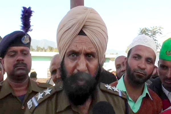 PunjabKesari, Platoon Commander Image