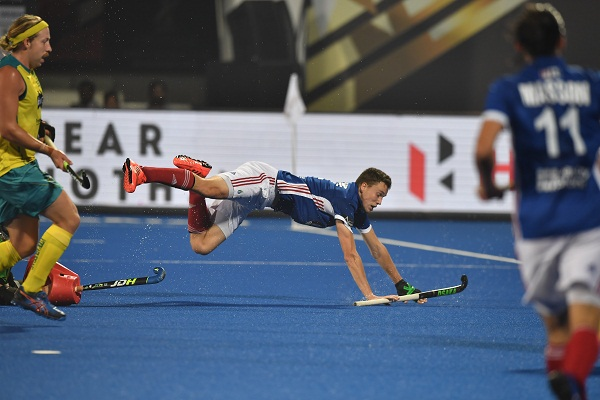 Hockey world cup : England beat Argentina to enter in semi final