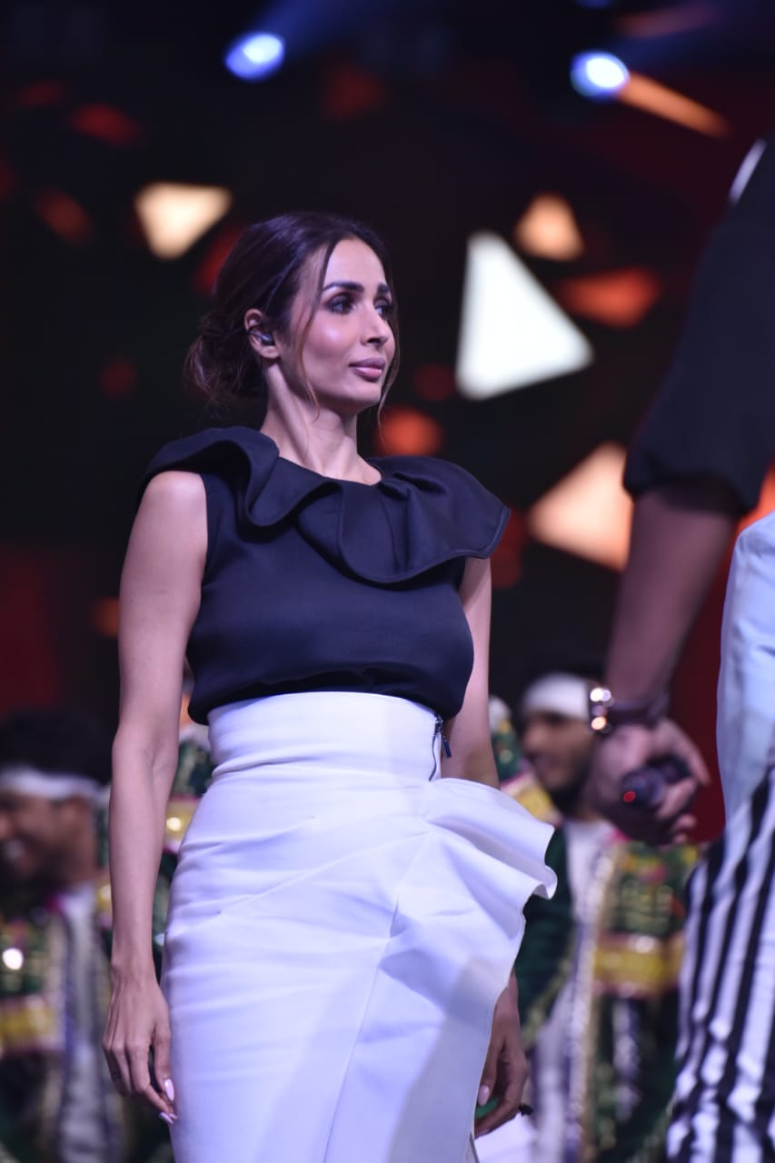 Bollywood Tadka, malaika arora latest pics, dance india dance 7,