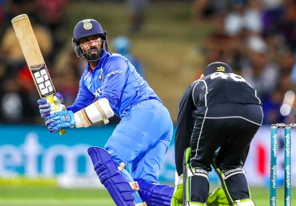 I backed myself to hit a six after not taking that single : Karthik