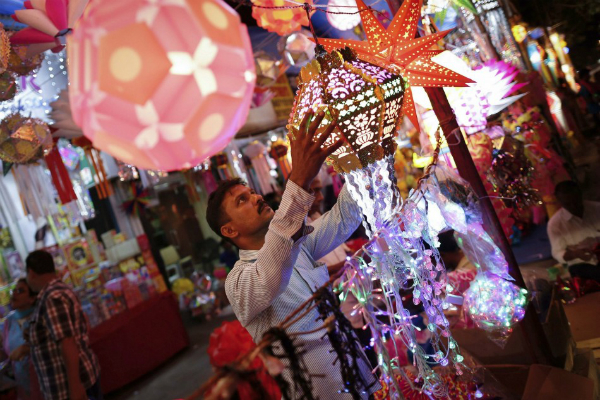 used chinese goods in diwali