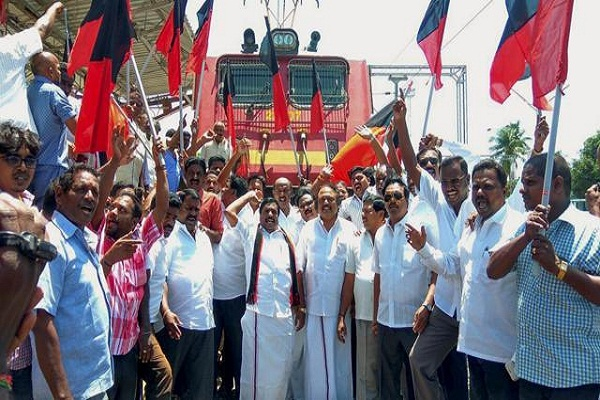 tamil nadu dmk stages rail roko demonstration over cauvery issue