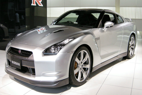 nissan gt r will launch in india on november 9