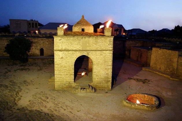 Temple of Fire, जहां कई सालोें से जल रही है ज्योत