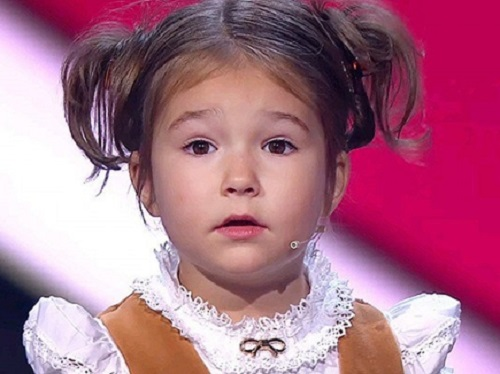 russia  four years girl knows 7 languages