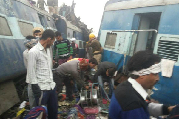 patna indore express accidents in pukhrai near kanpur