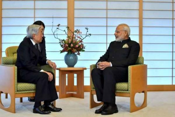 pm narendra modi meets with japanese emperor akihito