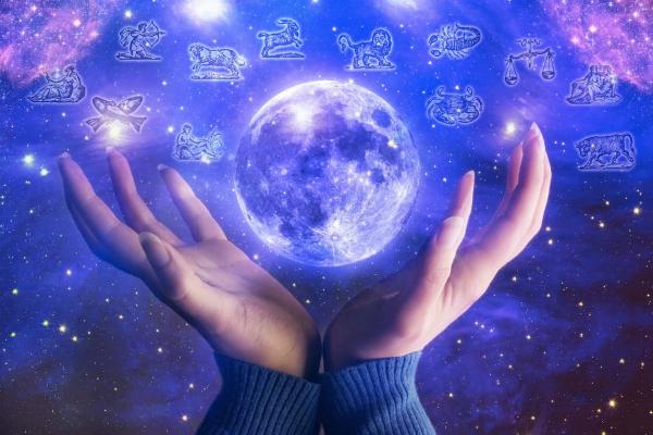 horoscope  sun  saturn   mercury in scorpio  which zodiac will enjoy special sunday