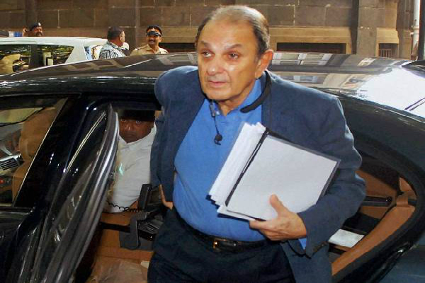 wadia has sent notice to tata sons