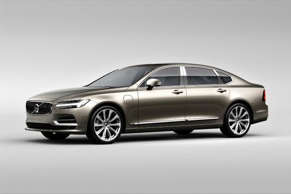 volvo luxury sedana s90 launched in india