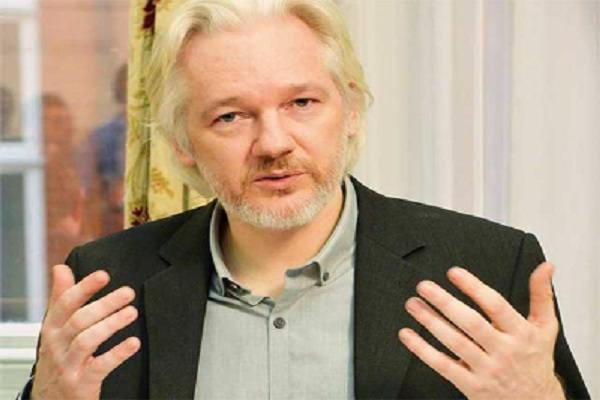 assange  questioned  in the ecuadorian embassy of london