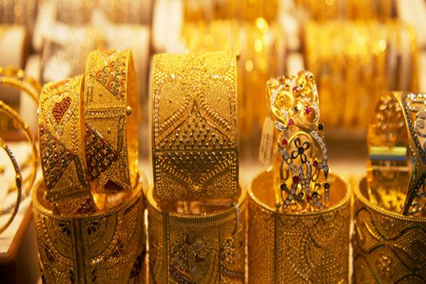 bullion market gold steady