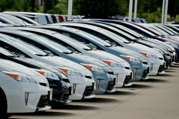 note ban will hit car sales