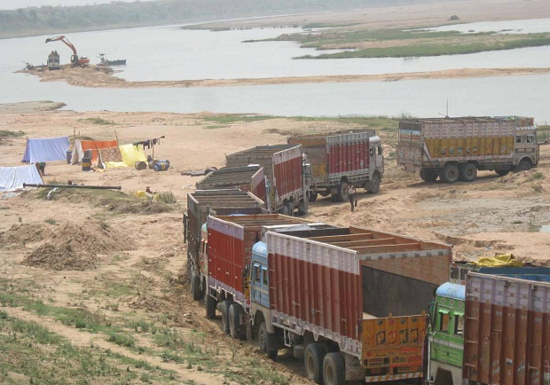 the closure of illegal mining business destroyed large businesses