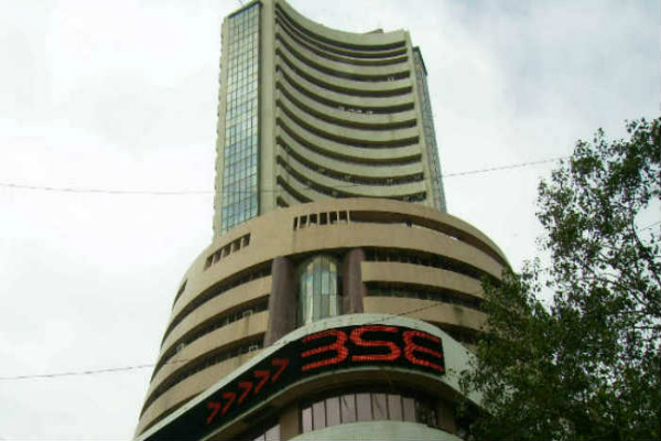 investors 4 02 lakh crore immersed in market in a week