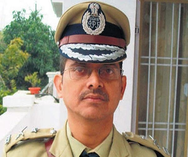 up struaen be like behavior  not possible to work now  amitabh thakur