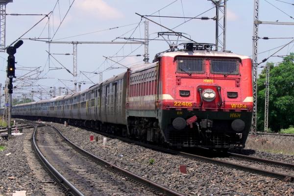 train  suresh prabhu