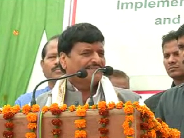 shivpal furious attack on the pm  modi said by ruining put