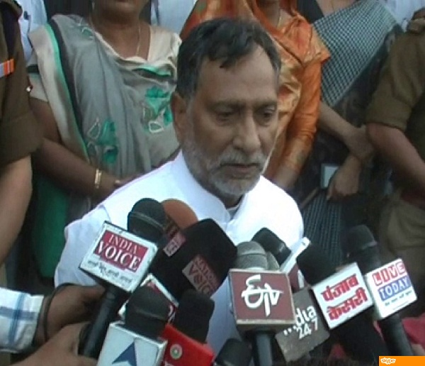 the controversial remarks of the minister akhilesh wolf than keshav maurya