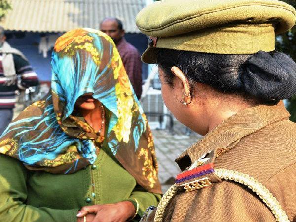 women  daughter  murder  police