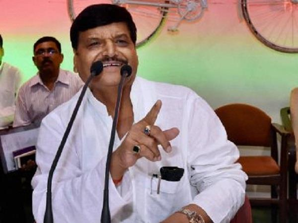 shivpal  s bluntly  akhilesh tickets will not share  just recommend