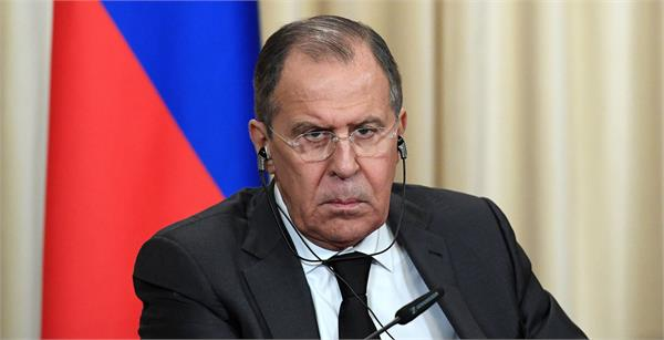 russia backs off threat of expelling us diplomats