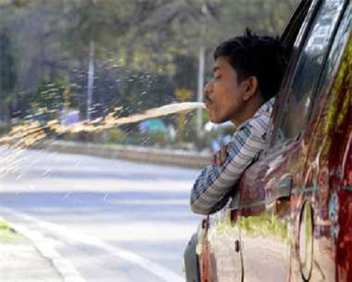 now people will cost spitting in public places in maharashtra