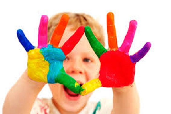 create an eco friendly way to play holi colors