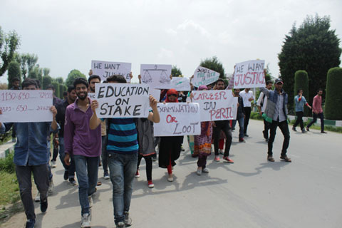 protest against fee hike in jammu