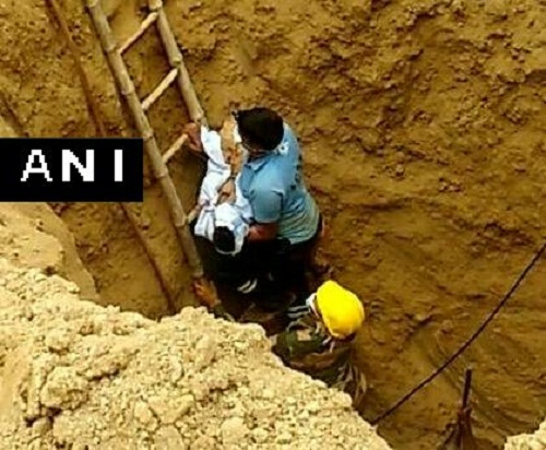 Three years old boy in Madhya pradesh Falls Into Borewell