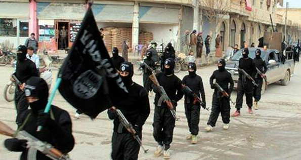 isis militants in syria havoc 24 people hanged