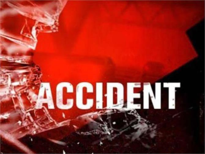 road accidents women death