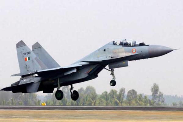 india sukhoi land in agartala airport