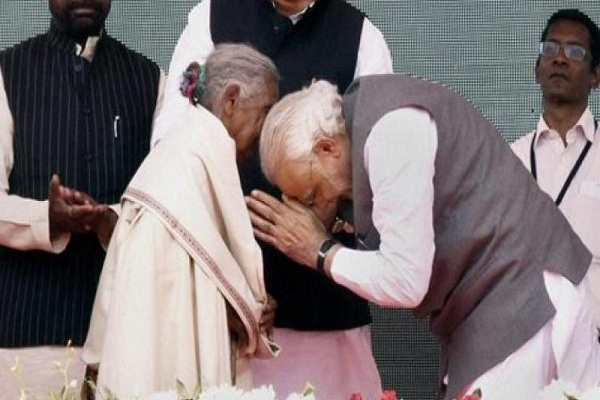 chhattisgarh 105 years old kunwar bai chosen as swachh bharat abhiyan mascot