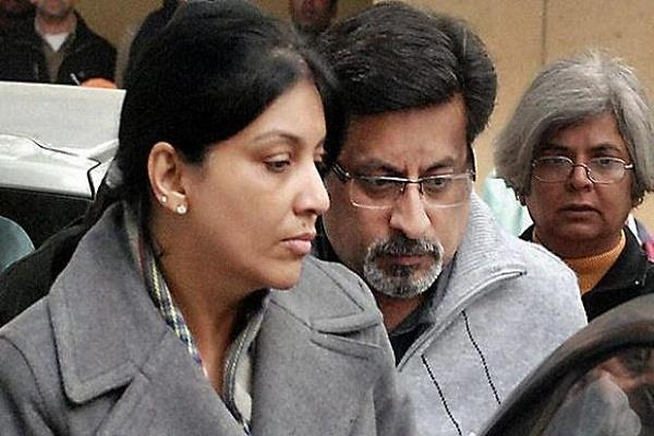 rajesh talwar arrived in the in laws house with wife