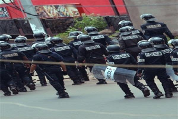 violence in cameroon 17 killed