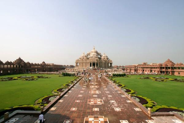now akshardham on the american soil
