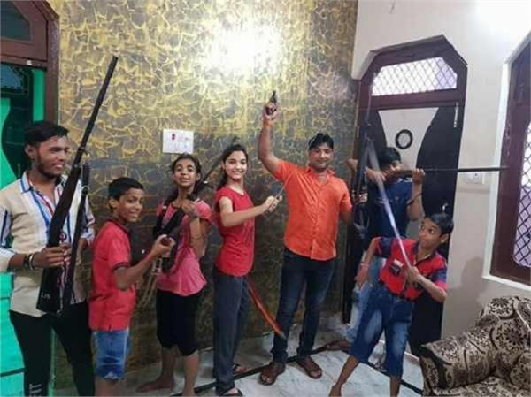 hindu youth vahini president fired children video viral
