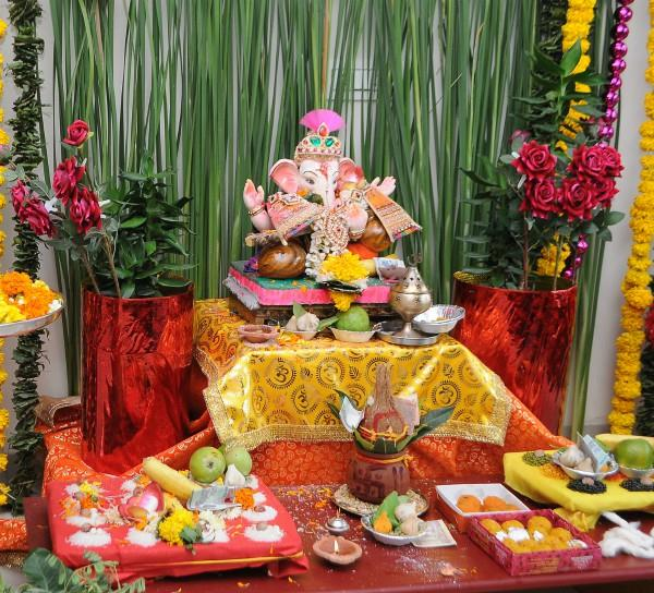 do not keep at home and work these sculptures of lord ganesha