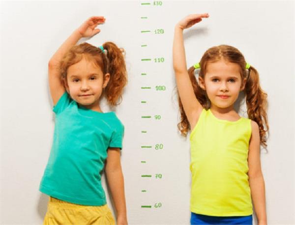 तेजी से बढ़ेगी बच्चों की हाइट, खिलाएं ये फूड्स