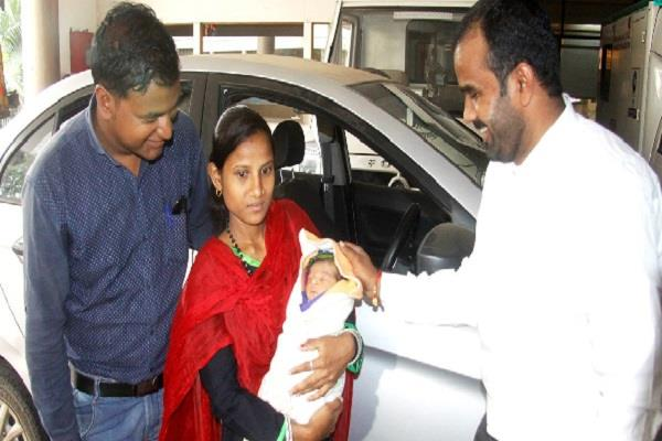 the birth of a baby born in ola cab