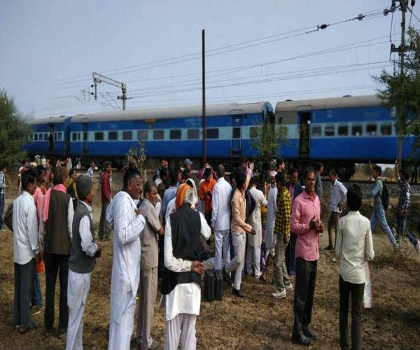 passenger train ran on closed track  a big accident