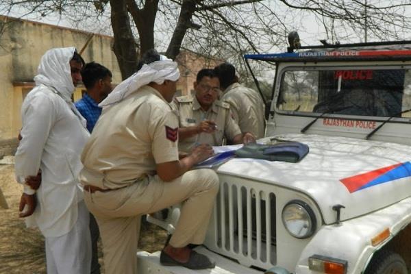 muslim men beaten in hotel with hindu woman