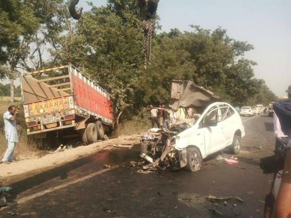 6 died in terrible accident