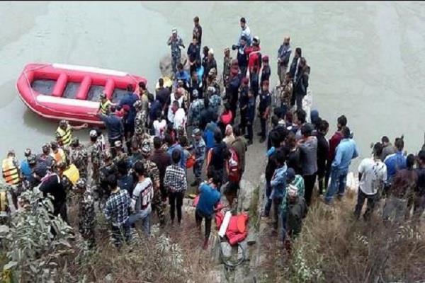 passenger bus fell into river